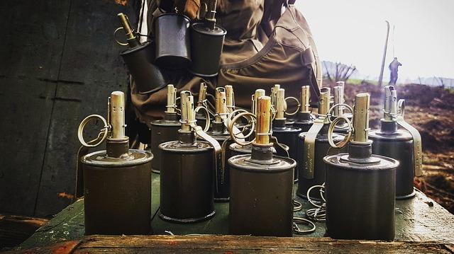 サバゲーでも使えるおもちゃの手榴弾(グレネード)の作り方