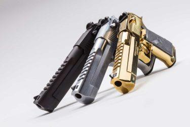 最強の拳銃デザートイーグルとは?実銃、エアガンでも人気のその魅力