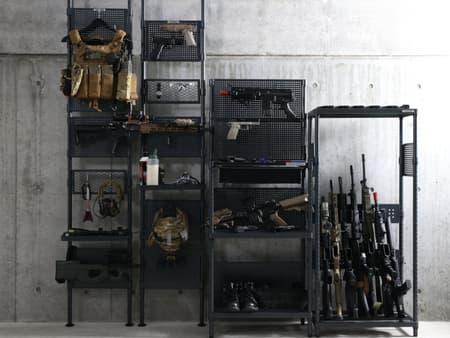 サバゲ沼の住人へおくる、 ハンドガン・ライフル、装備のディスプレイ収納ラック発売