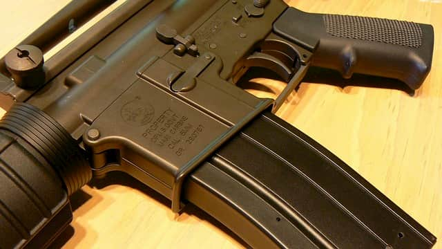 AR-15系のマガジン、STANAGマガジンとは
