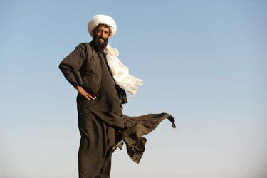 カミースとは?中東の民族衣装を着てサバゲーしよう