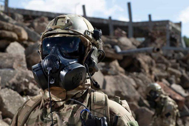 ガスマスクといえばAvon Rubberの「M50」!サバゲーでのガスマスク